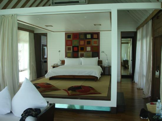 COMO Cocoa Island, The Maldives: the bedroom