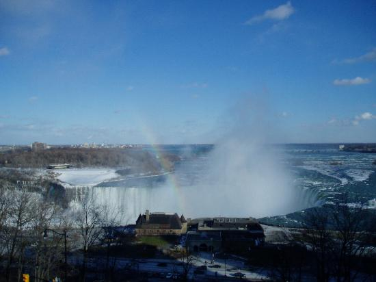 Embassy Suites by Hilton Niagara Falls Fallsview Hotel : view from the 17th floor