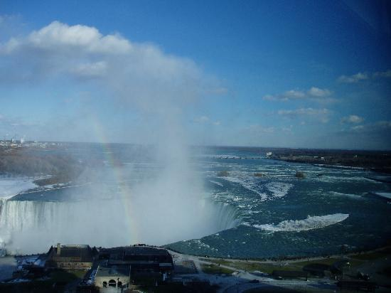 Embassy Suites by Hilton Niagara Falls Fallsview Hotel : another view from the room