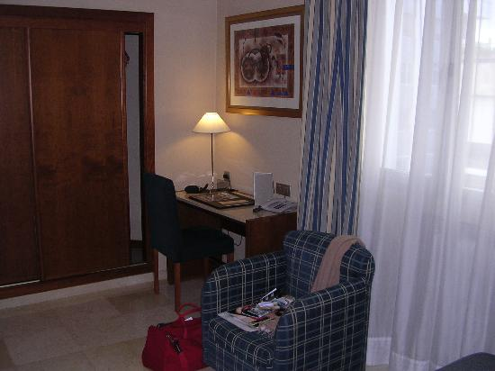 NH Córdoba Califa: habitac 203