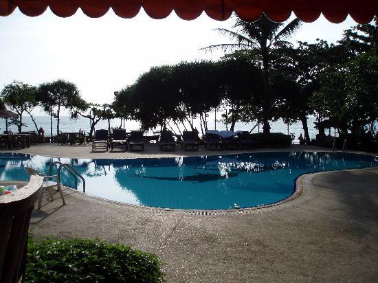 Chaweng Buri Resort : hotel pool