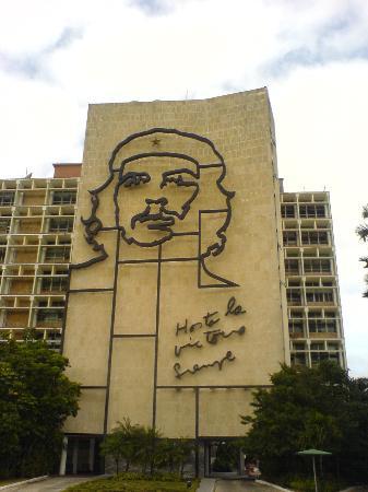 Hotel El Bosque: Che Guevara (Revolution Square)