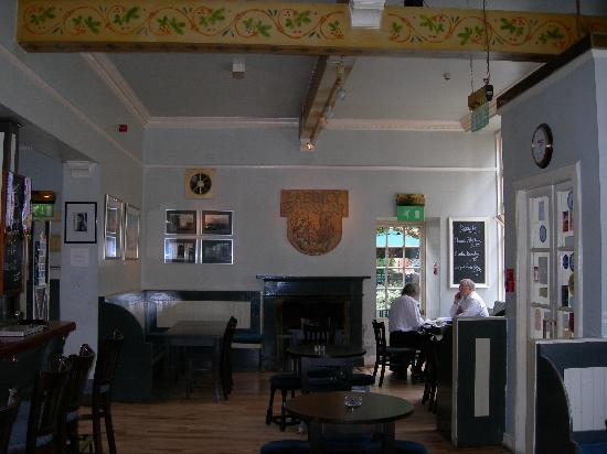 Babbity Bowster: Pub space