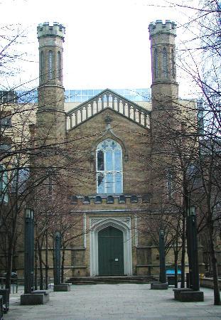 Church of the Holy Trinity : Holy Trinity West door, Feb. 2006