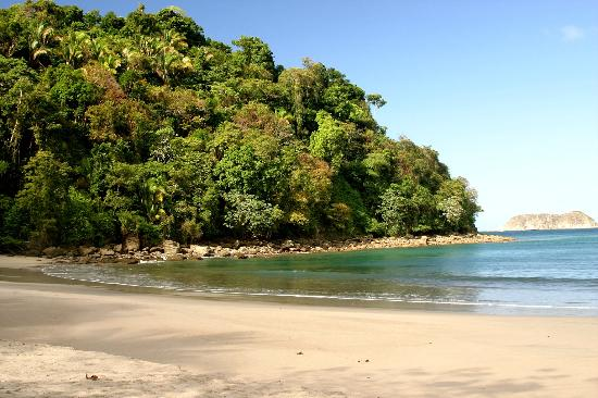 Parc national Manuel Antonio, Costa Rica : First Beach - inside of Manuel Antonio Park