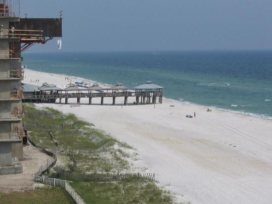 Panama City Beach, Floride : Pineapple willies view from 6th floor of long beach condo