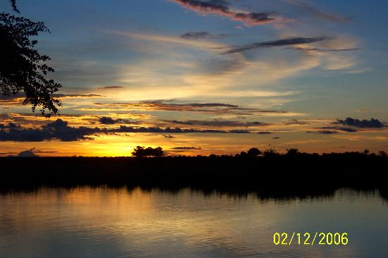 Chobe Game Lodge: Sunset over Chobe