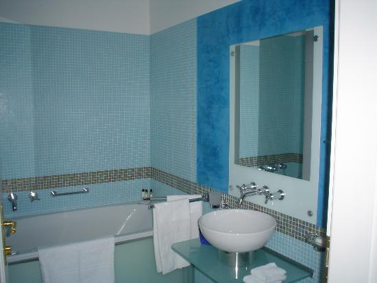 Smetana Hotel : fantastic bathroom