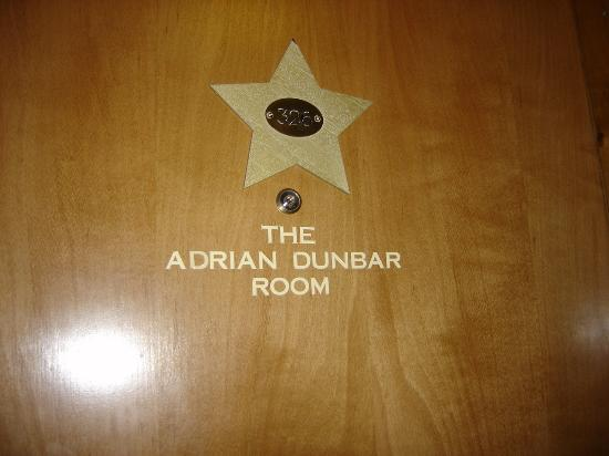 Camden Deluxe Hotel: Room door - example