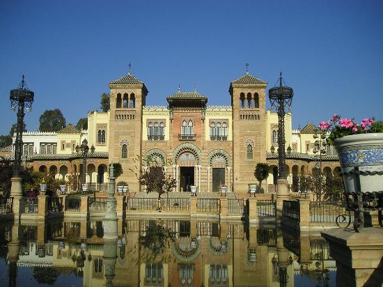 Sevilla, Spanien: Beautiful architecture