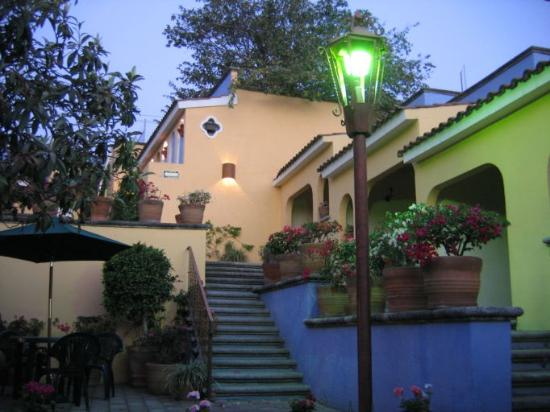 Hotel Antigua Posada: Warm friendly atmosphere