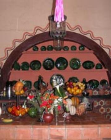 Hotel Casa Encantada: La Casa Encantada Kitchen