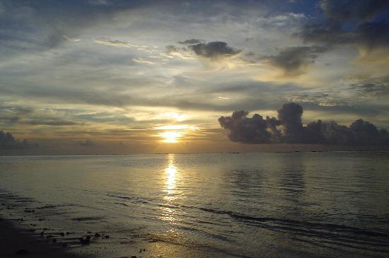 Etu Moana : Sunset