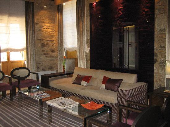 Altair Hotel: The lounge