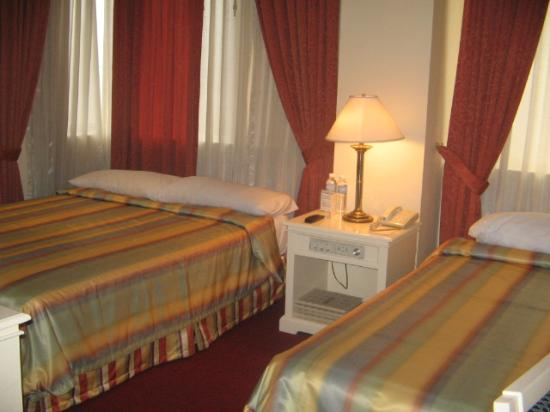 Bayview Park Hotel Manila: bayview room