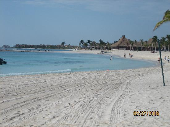 Beach - Barcelo Maya Colonial Photo