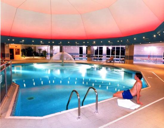 Saltash, UK : leisure pool at st mellion