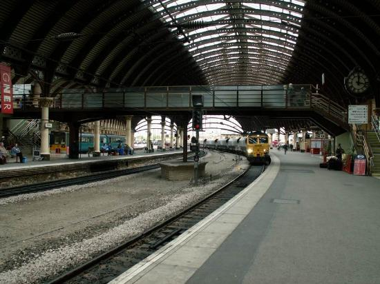 ‪York Railway Station‬