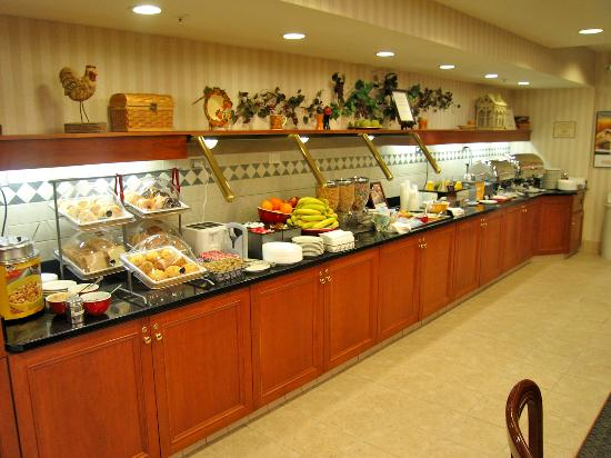 Residence Inn Boston Franklin : Great breakfast buffet - good selection of hot and cold items