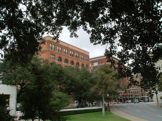 Dealey plaza marker picture of the sixth floor museum for 6th floor museum coupon