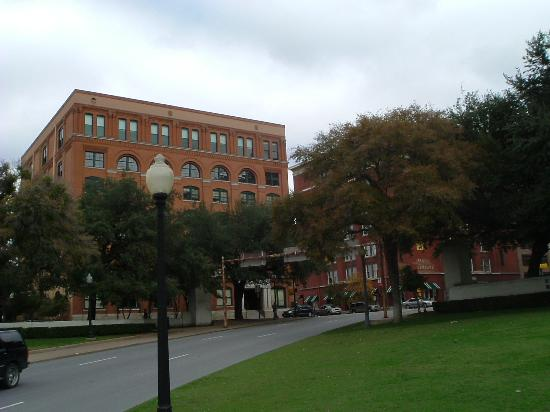 Texas schoolbook depository picture of the sixth floor for 6th floor museum coupon
