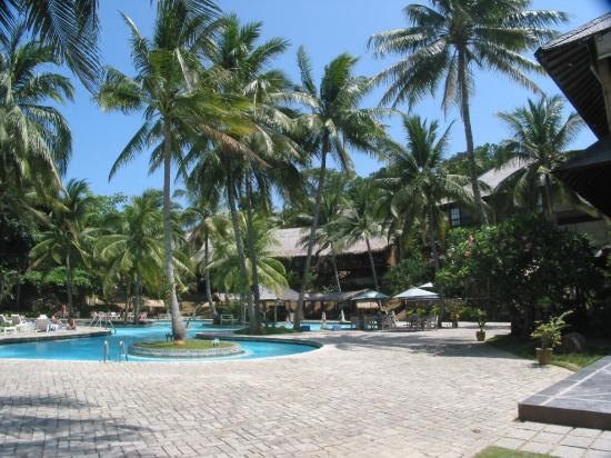 Turi Beach Resort: The nice looking swimming pool