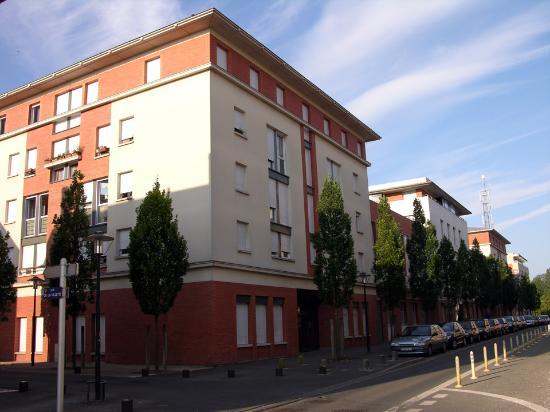 Appart'City Blois: Appart City exterior