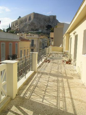 AVA Hotel Athens: Gorgeous view from the balcony on the Acropolis