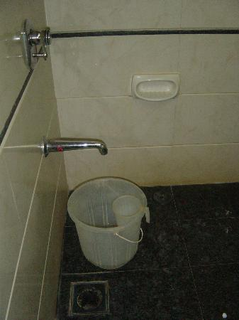 Sukh Hotel : Our shower