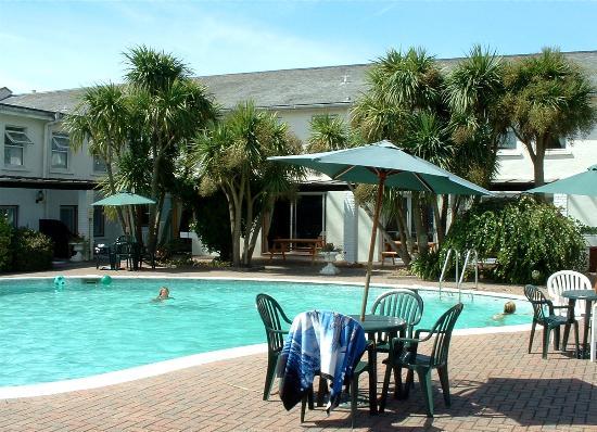 Hotel La Place : The Pool Area