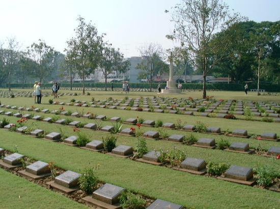 Kanchanaburi, Thailand: War Memorial Park & Cemetary