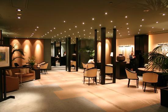 โรงแรมพาร์ค ไฮแอท โตเกียว: Check In