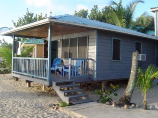 Maya Breeze Inn: cabin