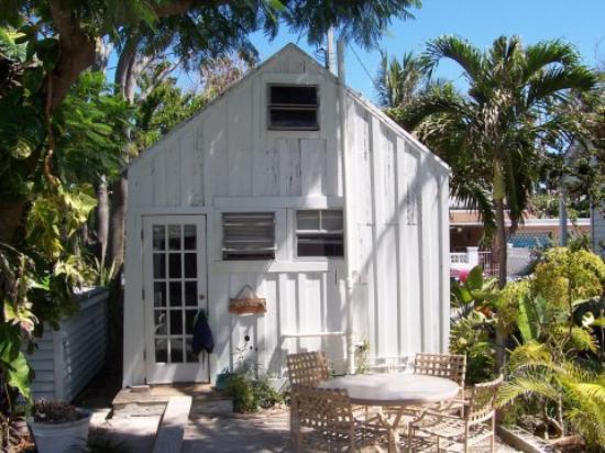 Bahama Gardens: Small Bungalow