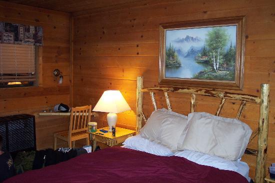 Cozy Hollow Lodge: Cabin #5