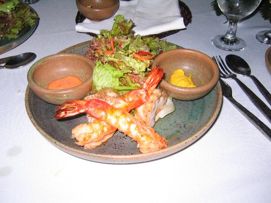Plantation Bay Resort And Spa: Our favorite Seafood salad at the Fiji restaurant! Yummy!