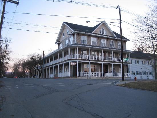 Belvidere Hotel: side