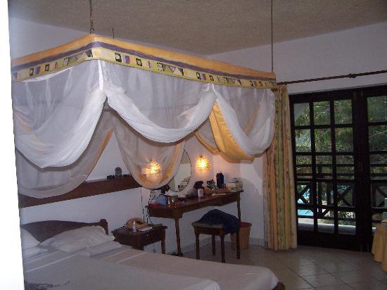 Diani Sea Resort Photo