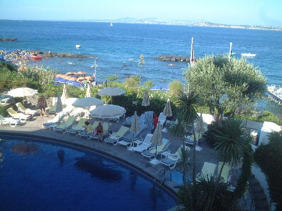 Grand Hotel Punta Molino: pic of one of the pools at 7ish in the evening as the sun is going in