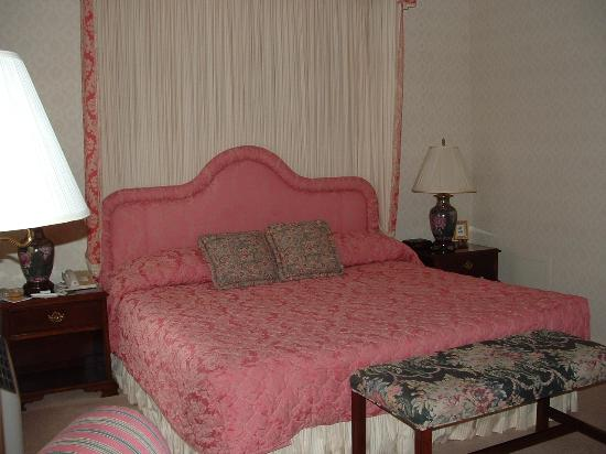 Carnegie Inn & Spa: Guest Room