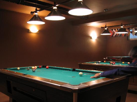 Hotel Tulpe : The Pool Tables in the Sports Bar