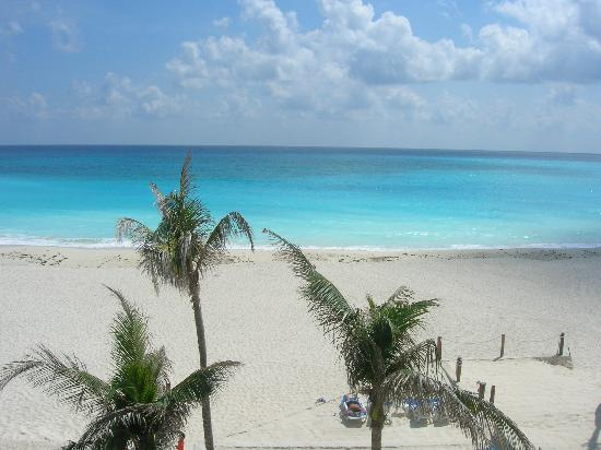 Club Regina Cancun: A View from our Room