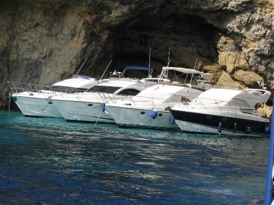 Ramla Bay Resort: Comino- Cabin Cruiser