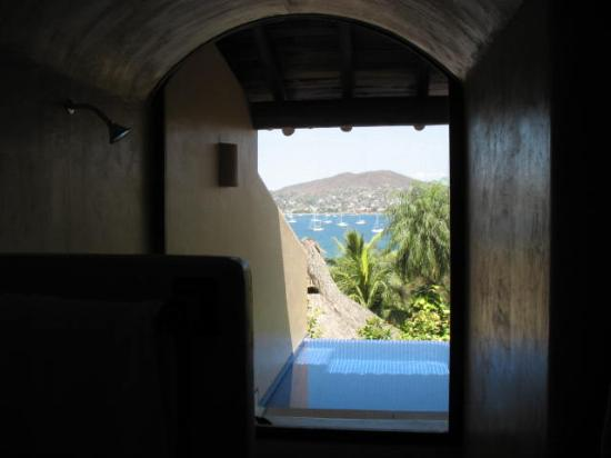 Hotel Casa Don Francisco: View from shower!
