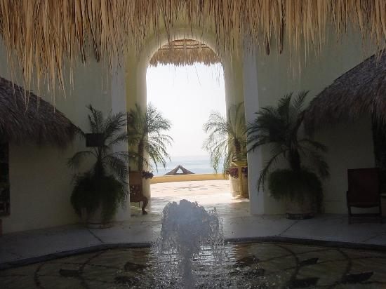 Quinta Real Huatulco : View from the Lobby