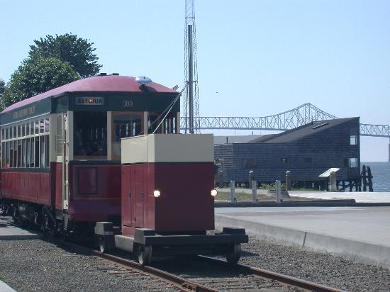Astoria, OR: Old 300, The Riverfront Trolley