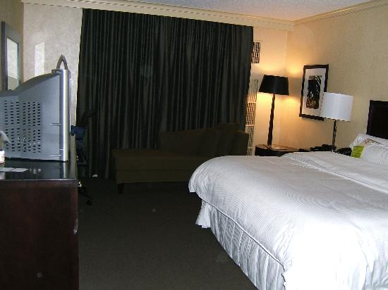 The Westin Detroit Metropolitan Airport: bedroom