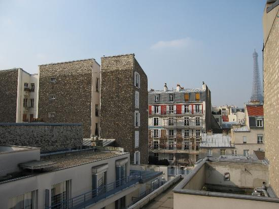 Hotel Jardins d'Eiffel: view from our room #402