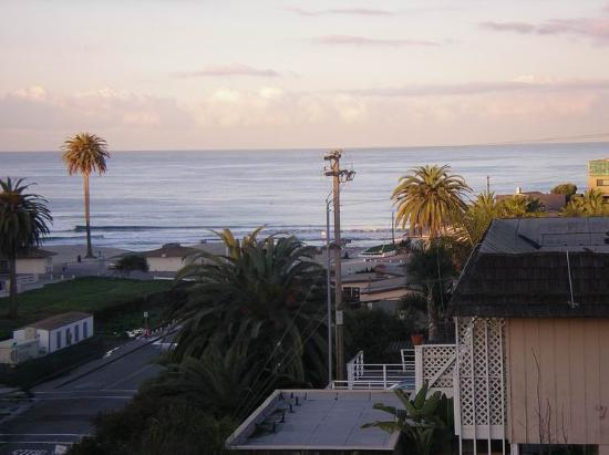 Moonlight Beach Motel: View from balcony