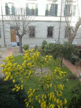 Hotel Meridiana : View #1 from bedroom window